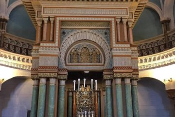 10 stunning ancient synagogues drenched in history: Jewish heritage around the world
