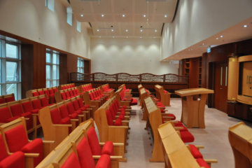Synagogue Seats – Choosing the right seating system for your synagogue